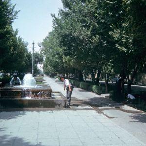 Hasht Behesht Ave